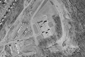 Aerial view of Kings Glen Elementary School in 1972. Nearby homes are still under construction.