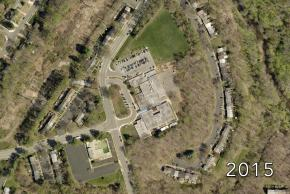 Aerial view of Kings Glen Elementary School in 2015.